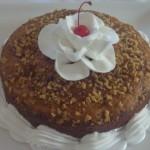 Cake de guineo con nueces