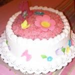 Cake clasico con icing de coco y relleno de manjar